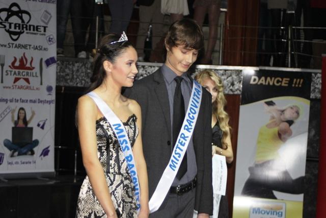 Balul Bobocilor 2011 - Liceul E. Racovita