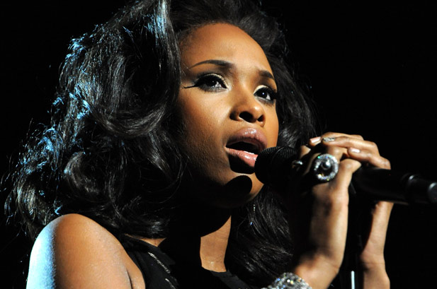 jennifer-hudson la premiile Grammy 2012