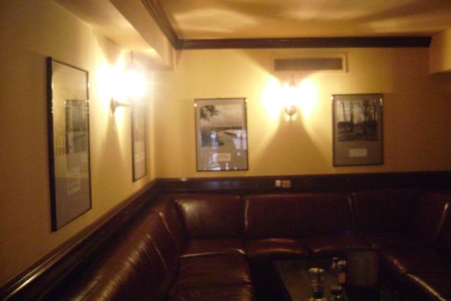 Expozitie foto - London Pub3