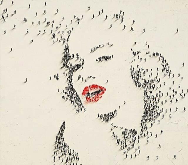 portrete cu pixeli umani 1