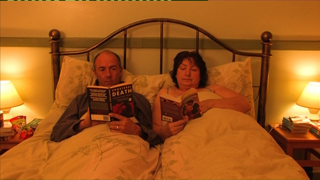 """Placeri vinovate"" (2010, regia: Julie Moggan, 86 min.)"
