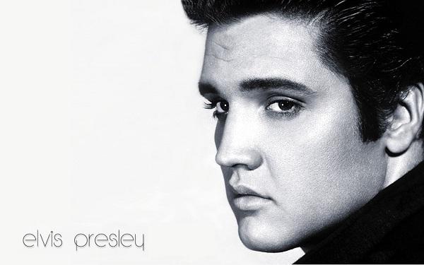 Cum a ajuns Elvis Presley să fie Regele Muzicii Rock'n'Roll