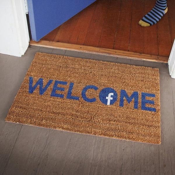 Facebook Home, un nou mod de a socializa/ Gadget, my love