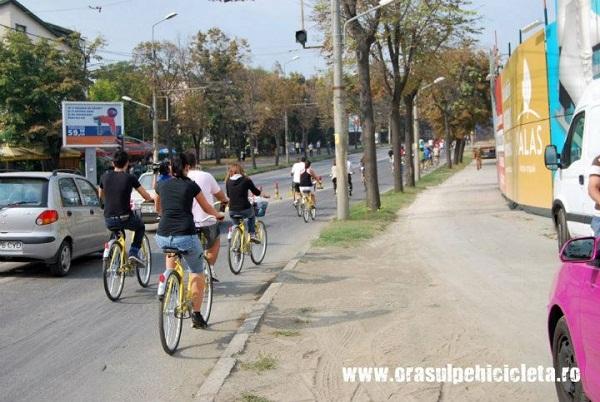 Gadget, my love: Aplicaţii care te pun în mişcare/ Orasul pe bicicleta