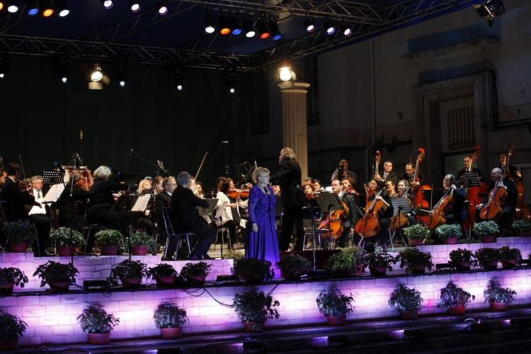 Festival FIE: Clasic 300, un spectacol ce înnobilează Iaşul cultural/ foto