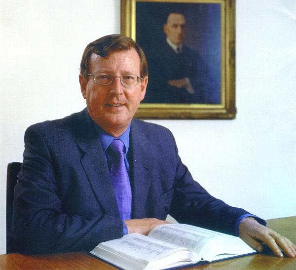 Invitaţi de marcă la FIE: Lordul David Trimble, laureat al Nobelului pentru Pace, va conferenţia la Iaşi