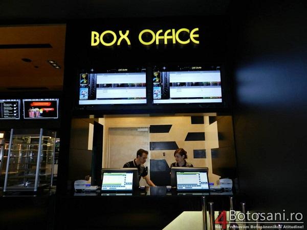 Un investitor indian va deschide 100 de săli de cinema în România/ foto botosani cine grand