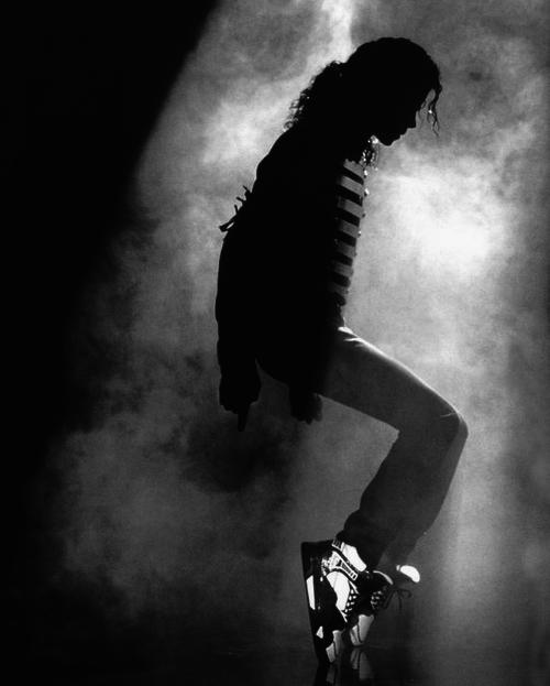 michael-jackson-dance-power-play-aniversare-foto