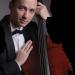 Violoncelistul Razvan Suma va ofera 5 minute de muzica clasica la Palas Mall