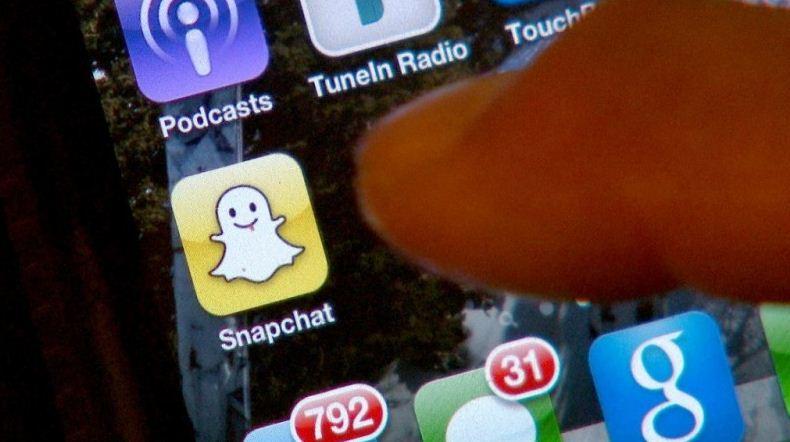 snapchat-reteaua-sociala-care-ameninta-facebook-si-instagram-gadget-my-love-aplicatii-foto