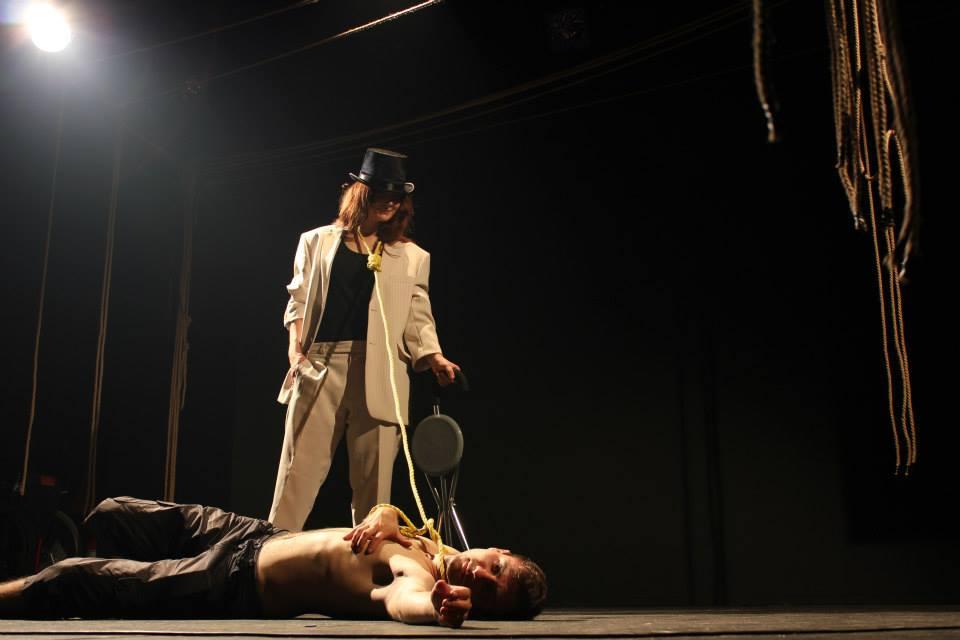 fata-si-centaurul-foto-teatru-fix-spectacol-iasi-2013