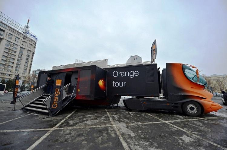 Orange-4G-tour-caravana-autocar-masina-iasi-foto-arhiva