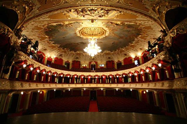 opera-iasi