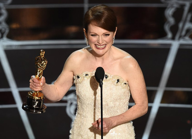 """Julianne Moore a câştigat Oscarul la categoria """"cea mai bună actriţă în rol principal"""""""