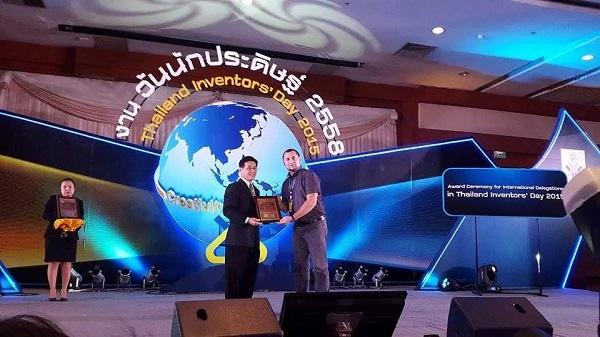 premii-inventatori-ieseni-thailanda-foto-2